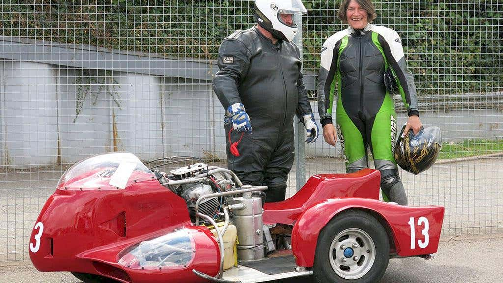 Modified racing sidecar 5