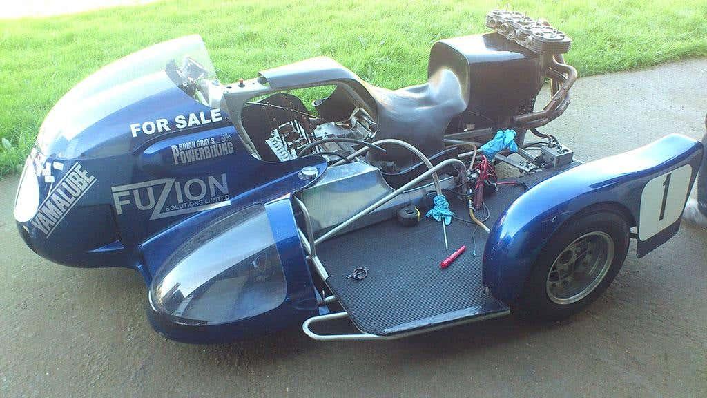 Modified racing sidecar 2