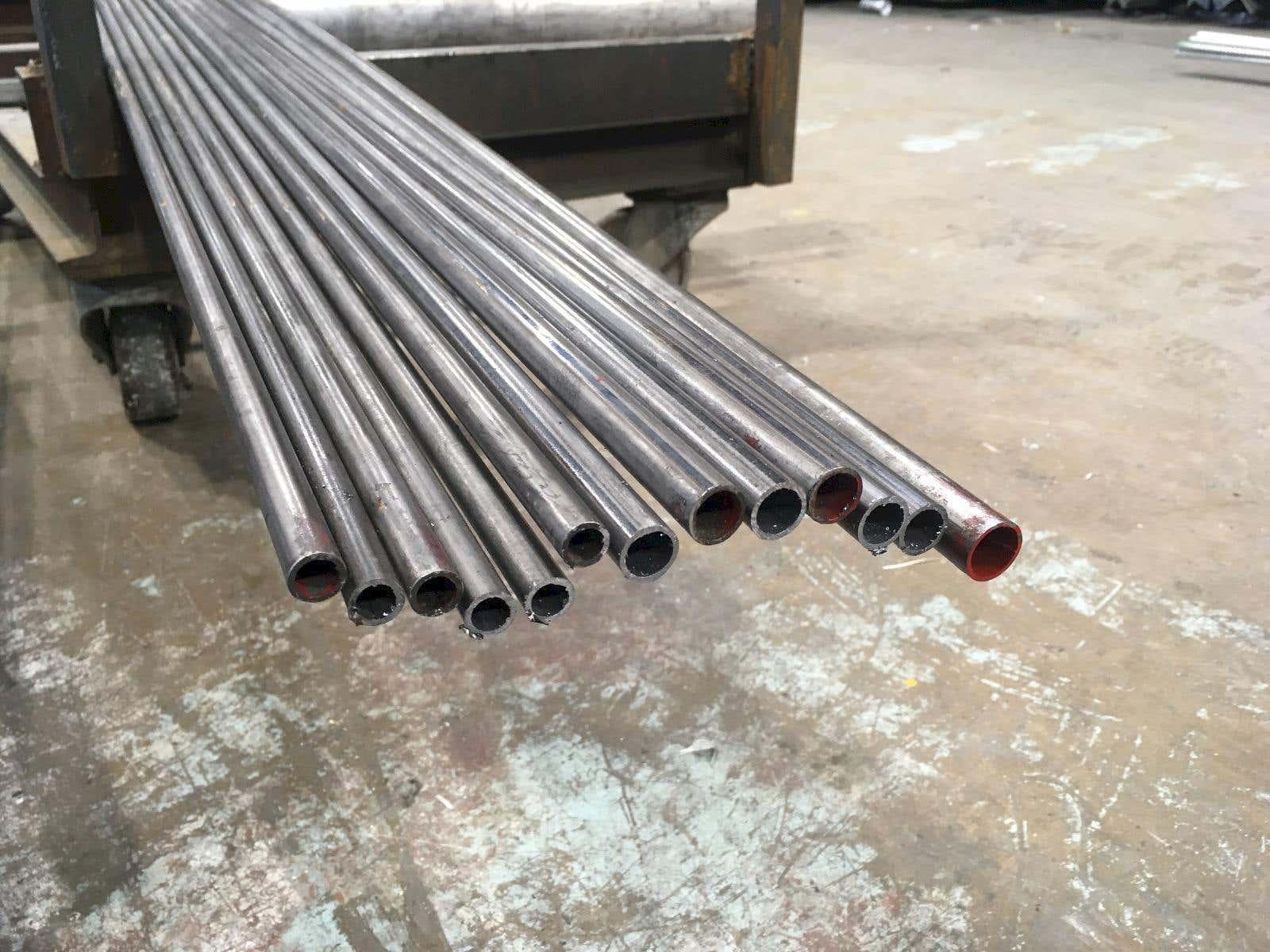 E220 mild steel tube